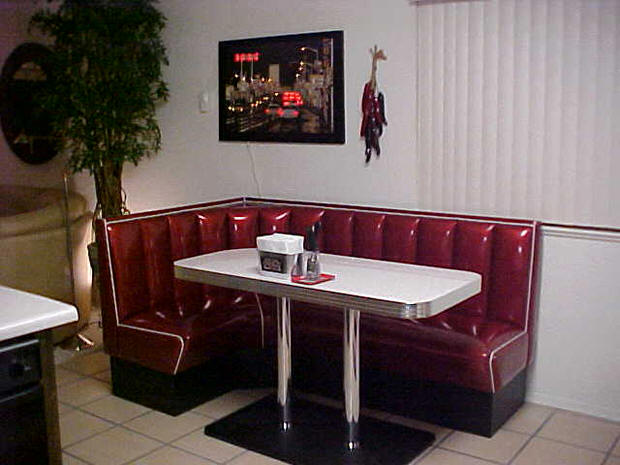 L-Shaped-Diner-Booth.png
