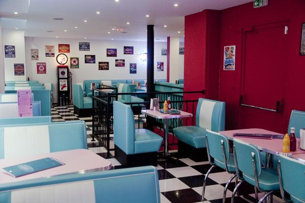 hd diner ch telet paris france 50s retro by bars booths. Black Bedroom Furniture Sets. Home Design Ideas